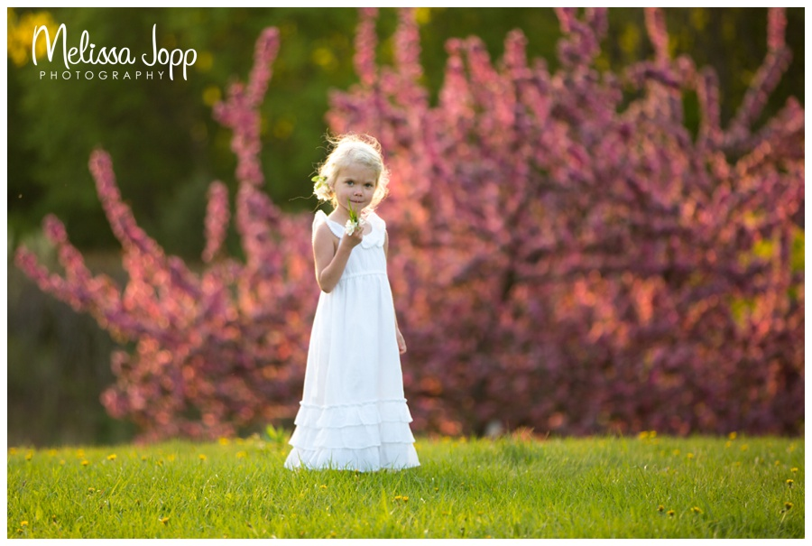 white maxi dress and spring pictures with chanhassen mn child photographer