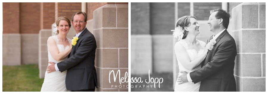 wedding pictures of bride and groom spring wedding with wedding photographer in victoria mn