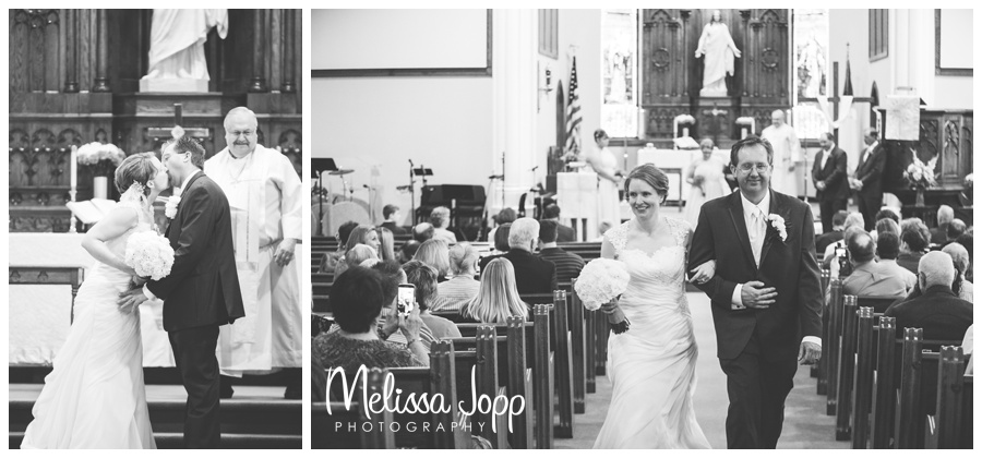 kissing bride and groom wedding photographer victoria mn