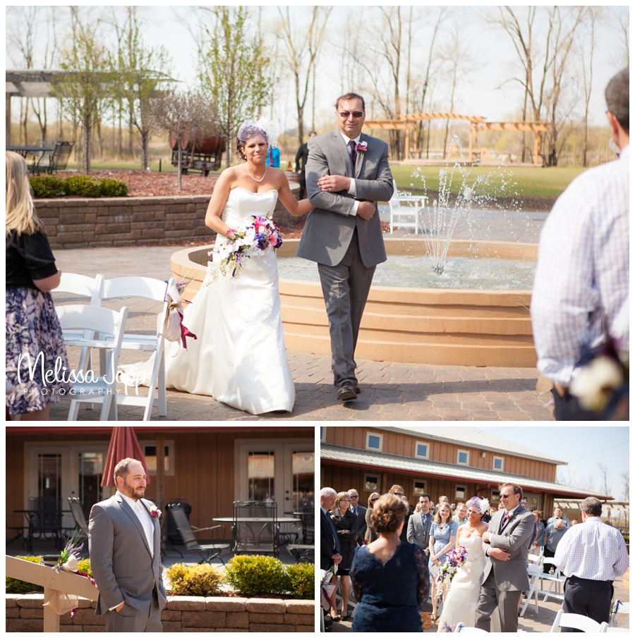 Spring wedding in hutchinson mn with MN wedding photographer