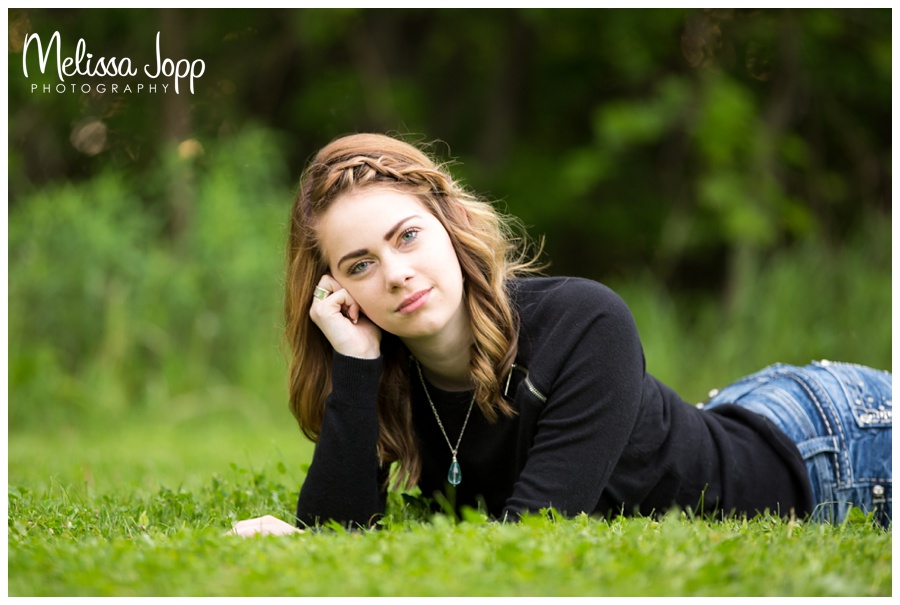 female senior from mayer lutheran high school in mayer mn pictures class of 2016 chanhassen mn senior photographer