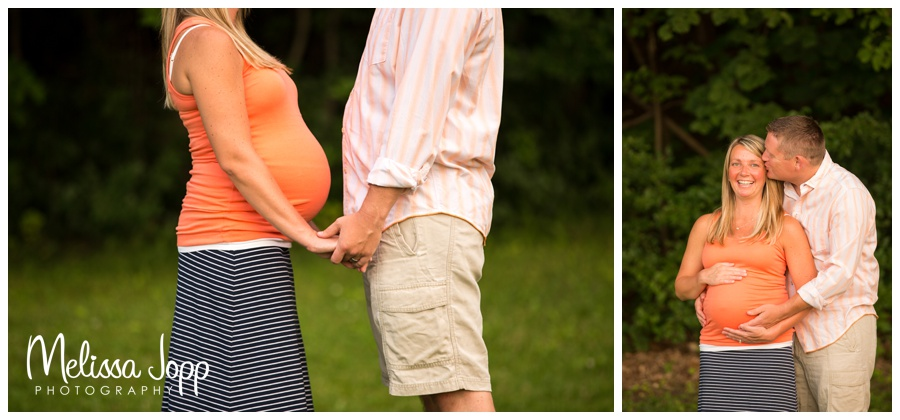 maternity pictures outside in chanhassen mn
