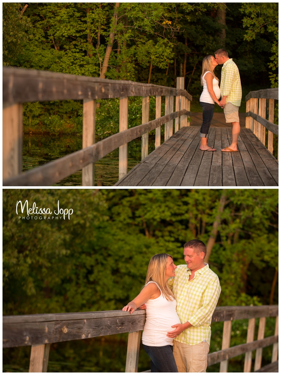 maternity pictures on the dock with chanhassen mn maternity photographer