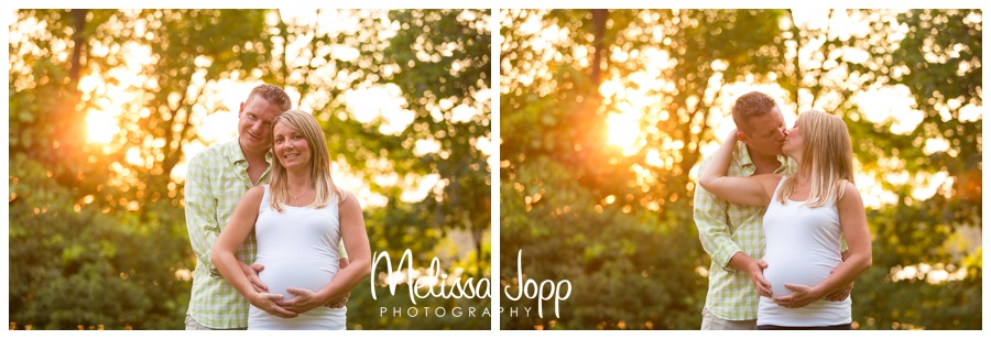 maternity pictures at lake ann in chanhassen mn