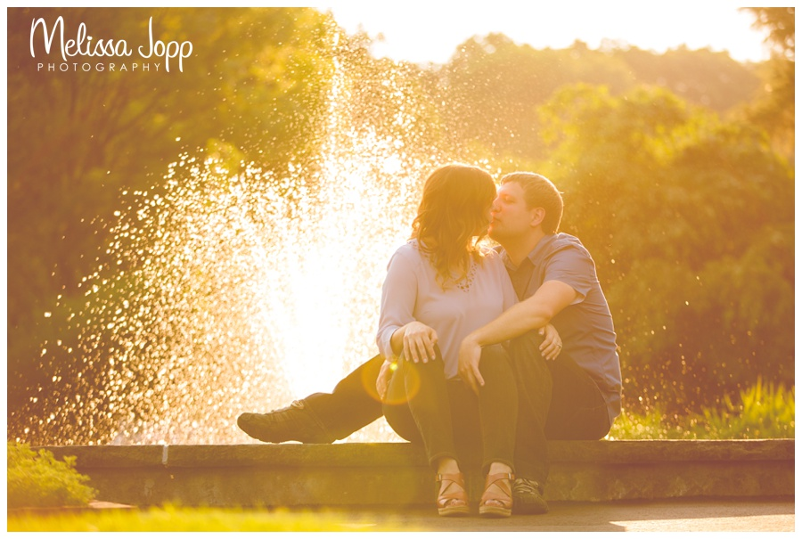 sun and water fountain engagement pictures with chaska mn engagement photographer