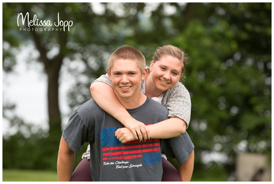 Senior pictures with sister norwood mn senior photographer