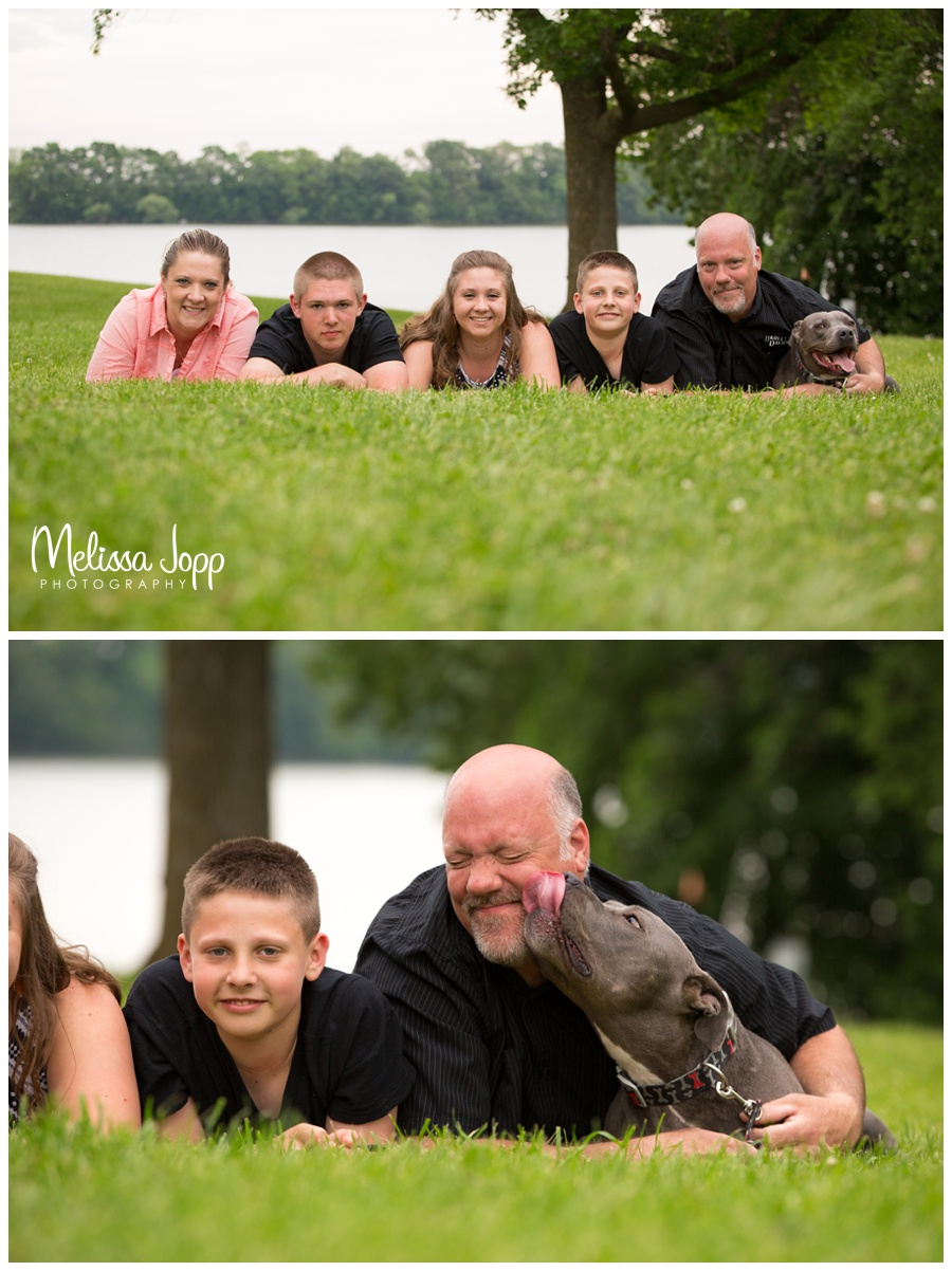 outdoor family pictures with dog norwood mn photographer