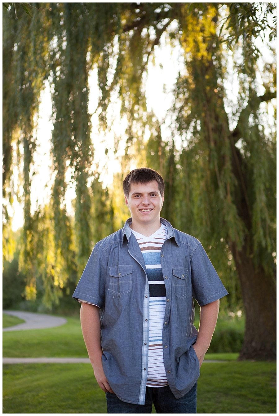 Lakeside and Urban Senior Pictures in Waconia MN