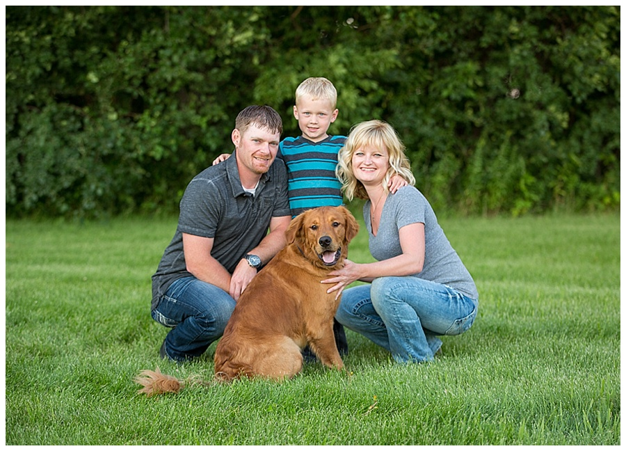 Mayer MN Family Pictures With Dog