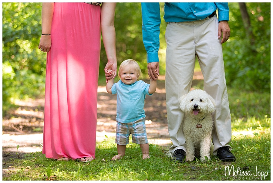 outdoor family pictures with dog in norwood young america mn