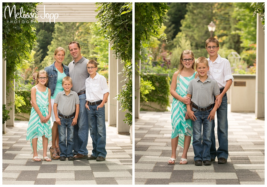country style family pictures in chaska mn