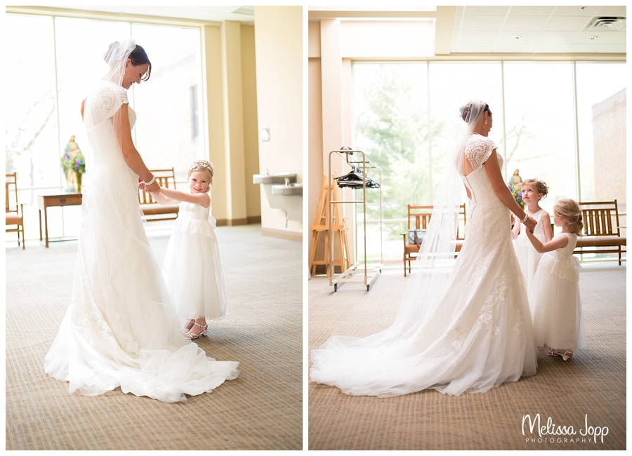 bride and flower girl mn