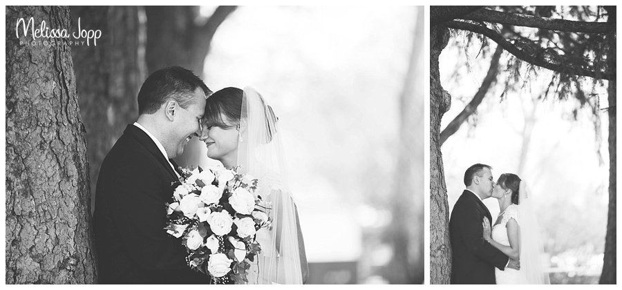outdoor bride and groom pictures winsted mn