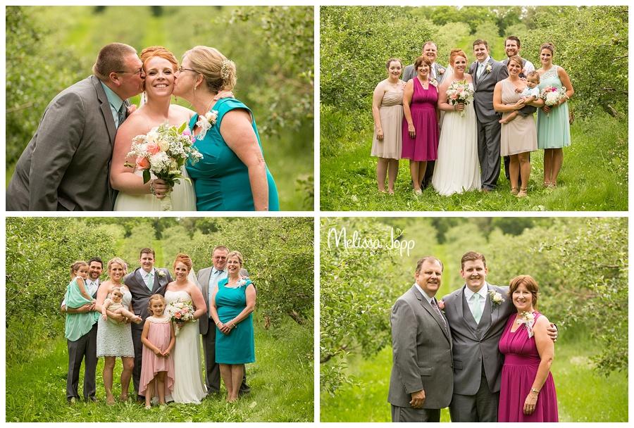 outdoor family wedding pictures minnetonka mn