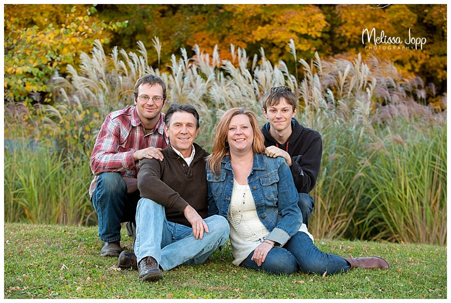 family of four outdoor family pictures chanhassen mn