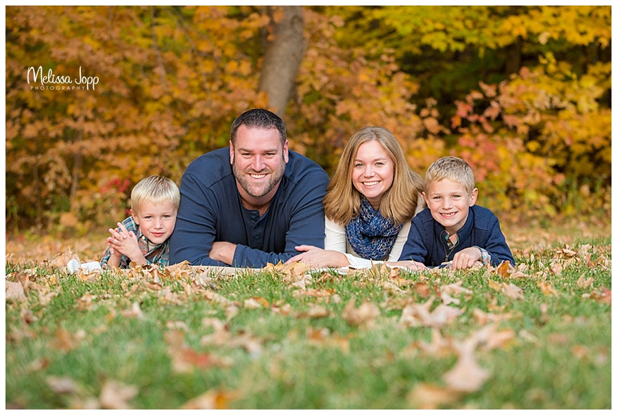 Outdoor Fall Family Pictures Chanhassen Mn