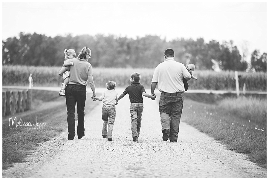 country family picture walking away mn