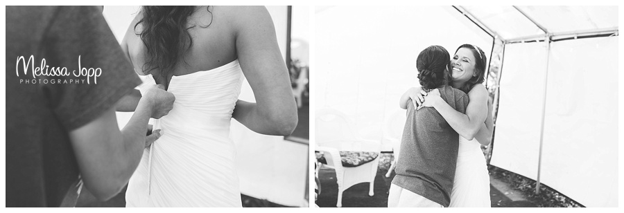 bride getting ready pictures mn