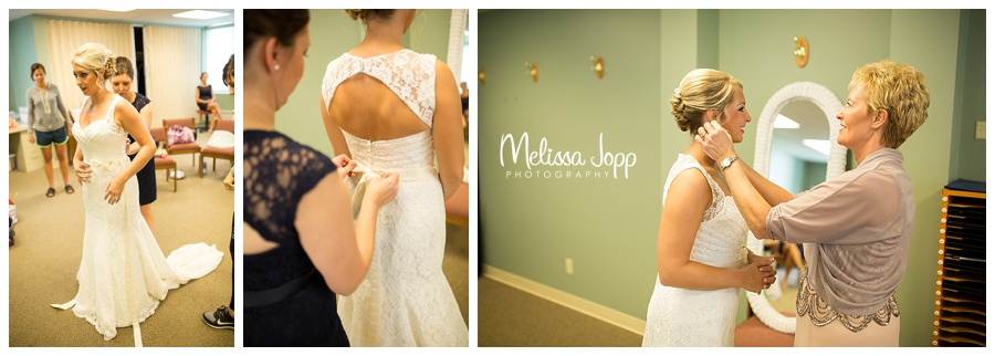 bride getting ready carver county mn