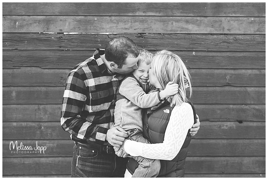 engagement pictures with child mayer mn