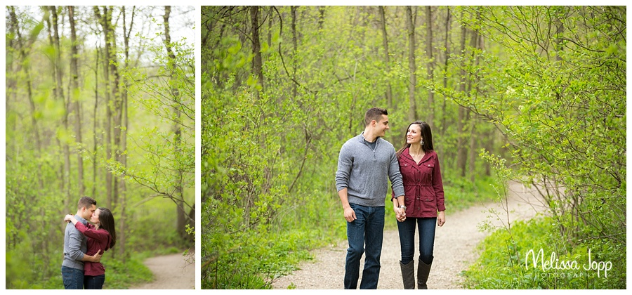 engagement pictures in the woods mn