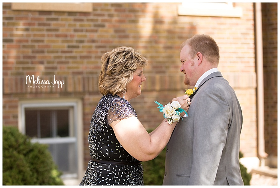 mother and son wedding pictures carver county mn