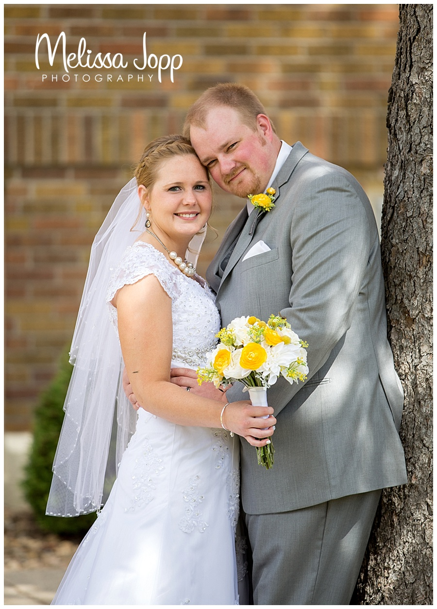 outdoor wedding pictures of bride and groom carver county mn